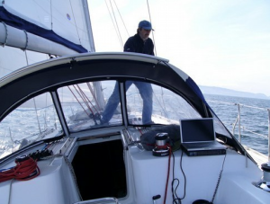 ColRegs when sailing single handed - get Safe Skipper Boat Insurance